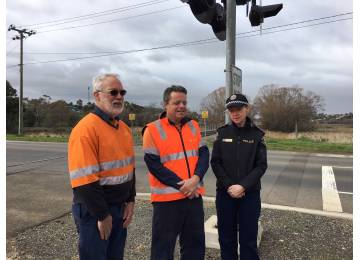 TasRail Calls for Drivers to be Alert at  Level Crossings